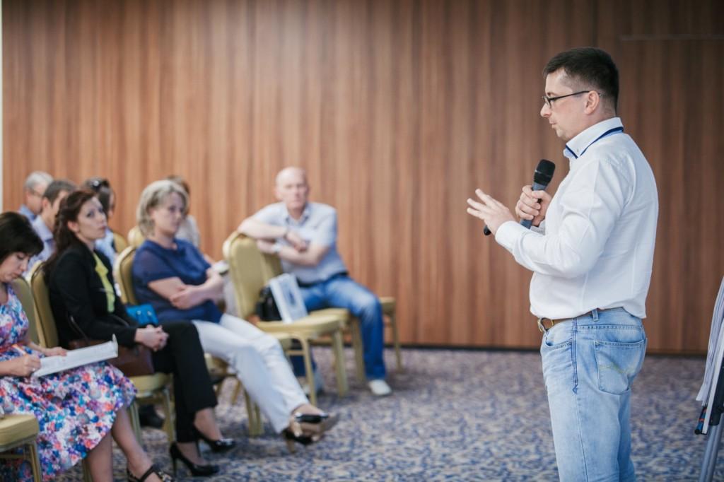 Антон Кожемяко выступление на конференции в Челябинске